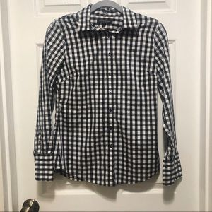 Banana republic women's  button down shirt